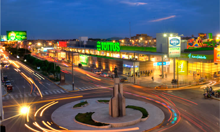 open plaza chiclayo.jpg