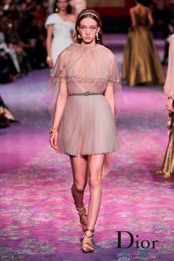 Ofertas de Ropa, zapatos y complementos en el catálogo de Dior en Lima ( 24 días más )