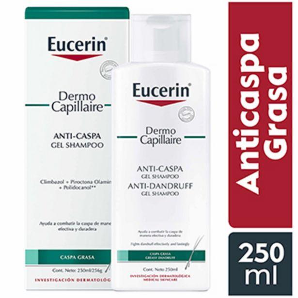 Oferta de Shampoo Eucerin Anticaspa Grasa - Frasco 250 ML por S/ 89,5
