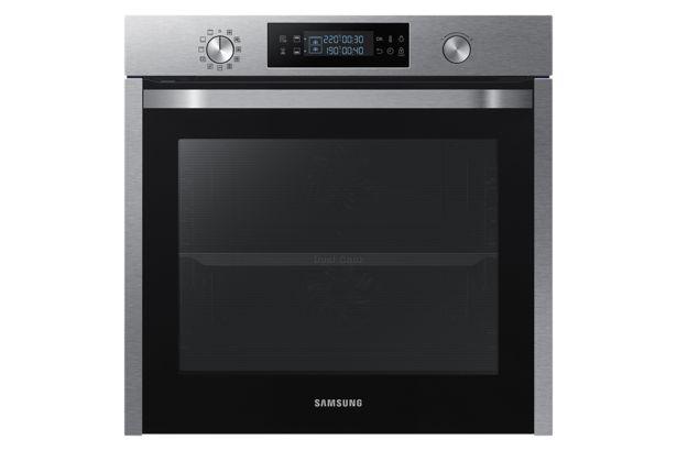 Oferta de Horno Eléctrico Samsung Dual Cook Stainless Steel 60 cm por S/ 1999